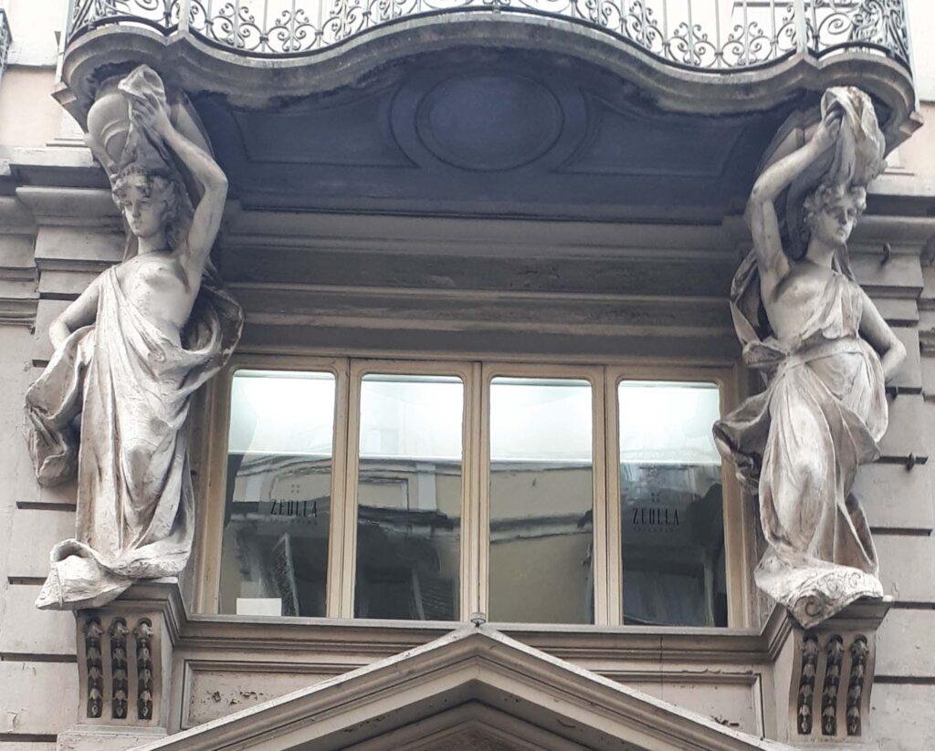 OTTOMARZO in tour.  La donna a tutto tondo: dee, eroine e simboli in Torino.